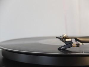¿CD o Vinilo?, la eterna lucha por el mejor sonido