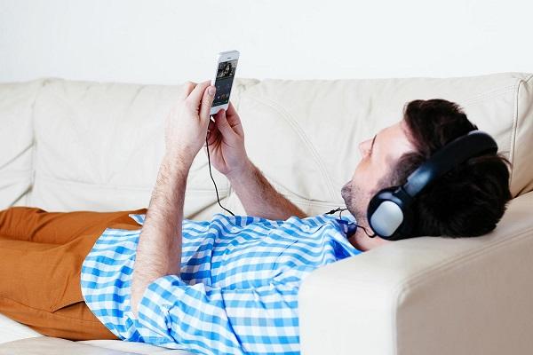 Copysan_Impresion CD_La música en streaming infravalora el trabajo de los artistas.